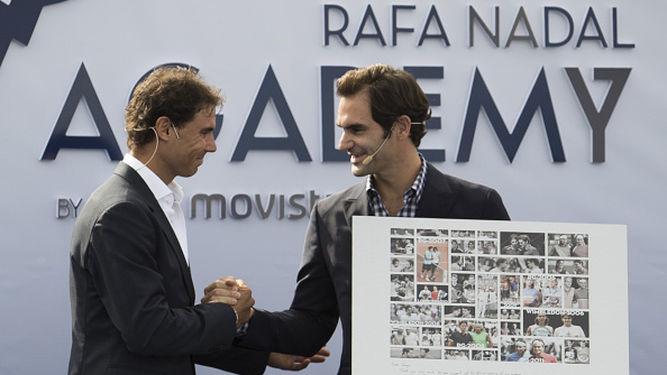 Rafa-Nadal-compania-Roger-Federer_964115156_115559144_667x375