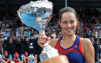 Ana Ivanovic se muestra victoriosa en Auckland